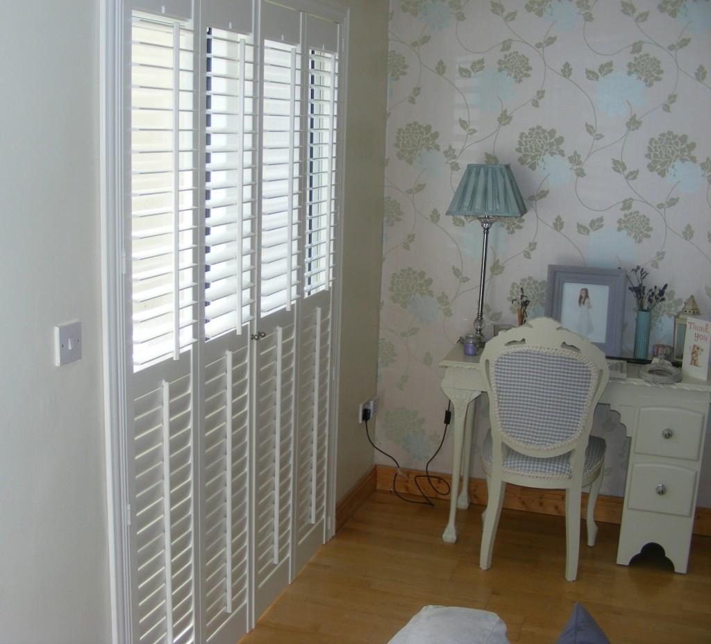 Tracked Plantation Shutters - Top Open