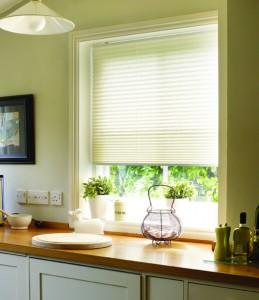 Crepe Pleated Blinds in Vanilla