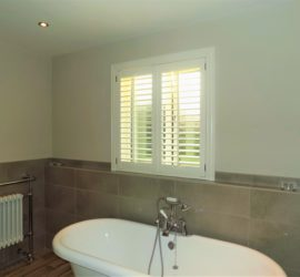 bathroom_shutter_rolltop_bath